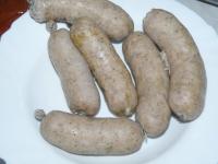 Вареные домашние колбаси.
